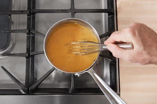 Make the cheese sauce: