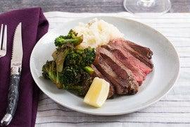 Seared Steak with Garlic Mashed Potato & Sautéed Broccoli