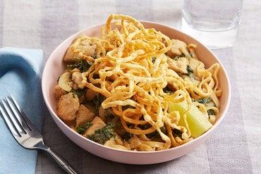 Chicken Khao Soi with Crispy Wonton Noodles