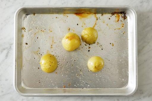 Roast the tomatillos: