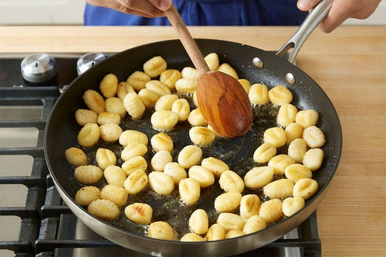 Brown the gnocchi: