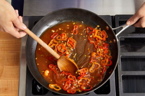 Cook the vegetables & finish the broth: