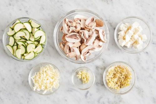 Prepare the ingredients & season the breadcrumbs: