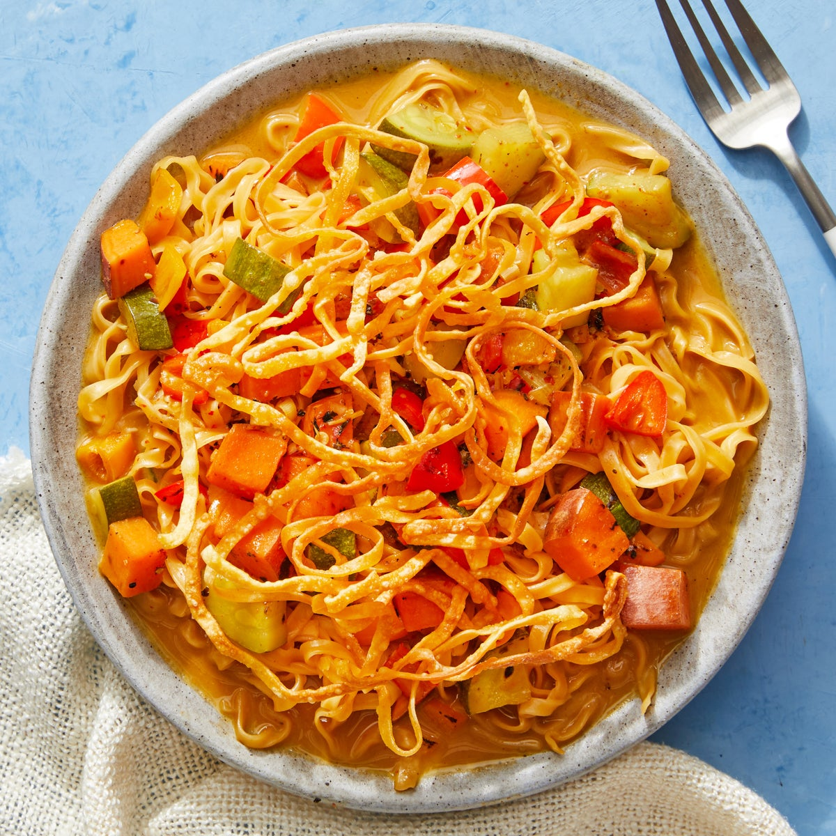 Khao Soi-Style Wonton Noodles with Zucchini & Peppers