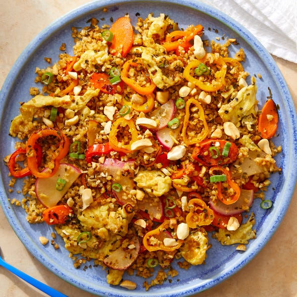 """Freekeh """"Fried Rice"""" with Sweet Peppers, Carrots & Peanuts"""