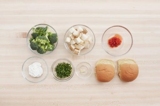 Prepare the ingredients & season the sour cream: