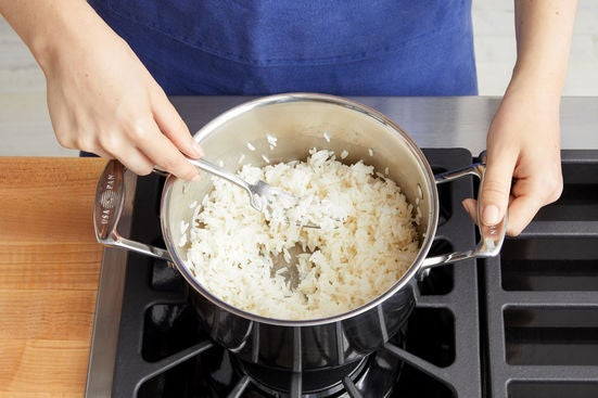 Make the garlic rice: