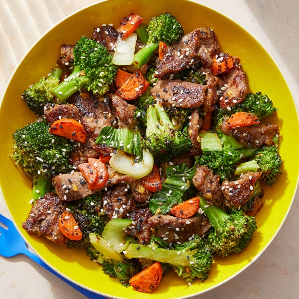 Beef & Vegetable Stir-Fry with Sesame Seeds