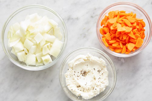 Prepare the ingredients & make the garlic ricotta: