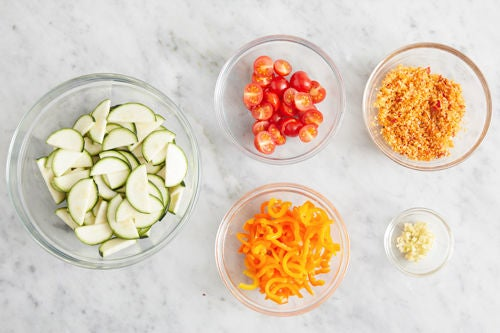 Prepare the ingredients & make the spicy breadcrumbs:
