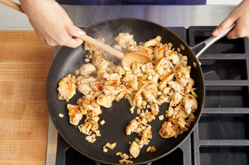 Cook the chicken & onion: