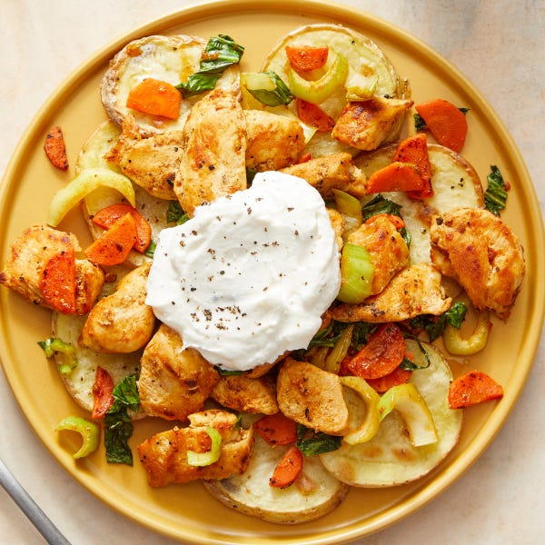 Indian-Spiced Chicken & Vegetables with Roasted Potatoes & Yogurt
