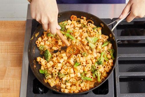 Finish the pasta & serve your dish: