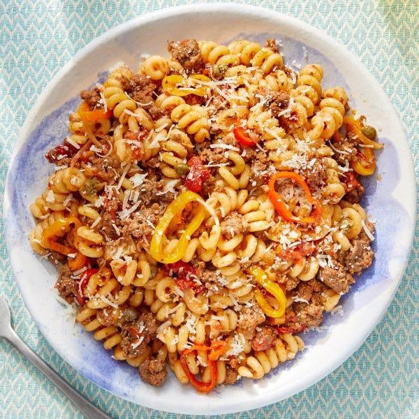 Beef & Pepper Pasta with Grana Padano Cheese