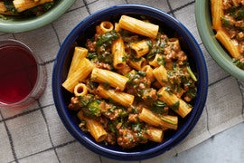 Creamy Beef Ragù & Elicoidali Pasta with Spinach & Cheddar Cheese