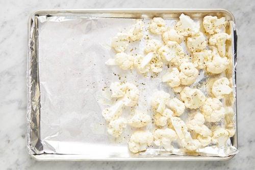 Prepare the cauliflower or romanesco: