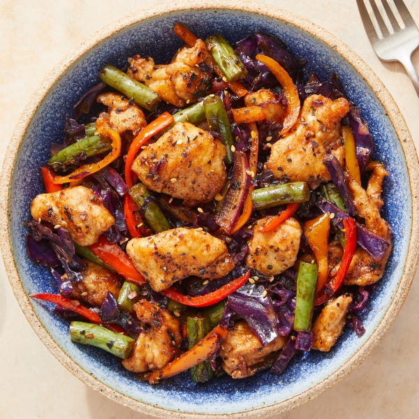 Sweet & Savory Chicken Stir-Fry with Peppers & Green Beans
