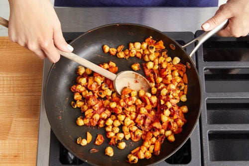 Cook the chickpeas & carrots: