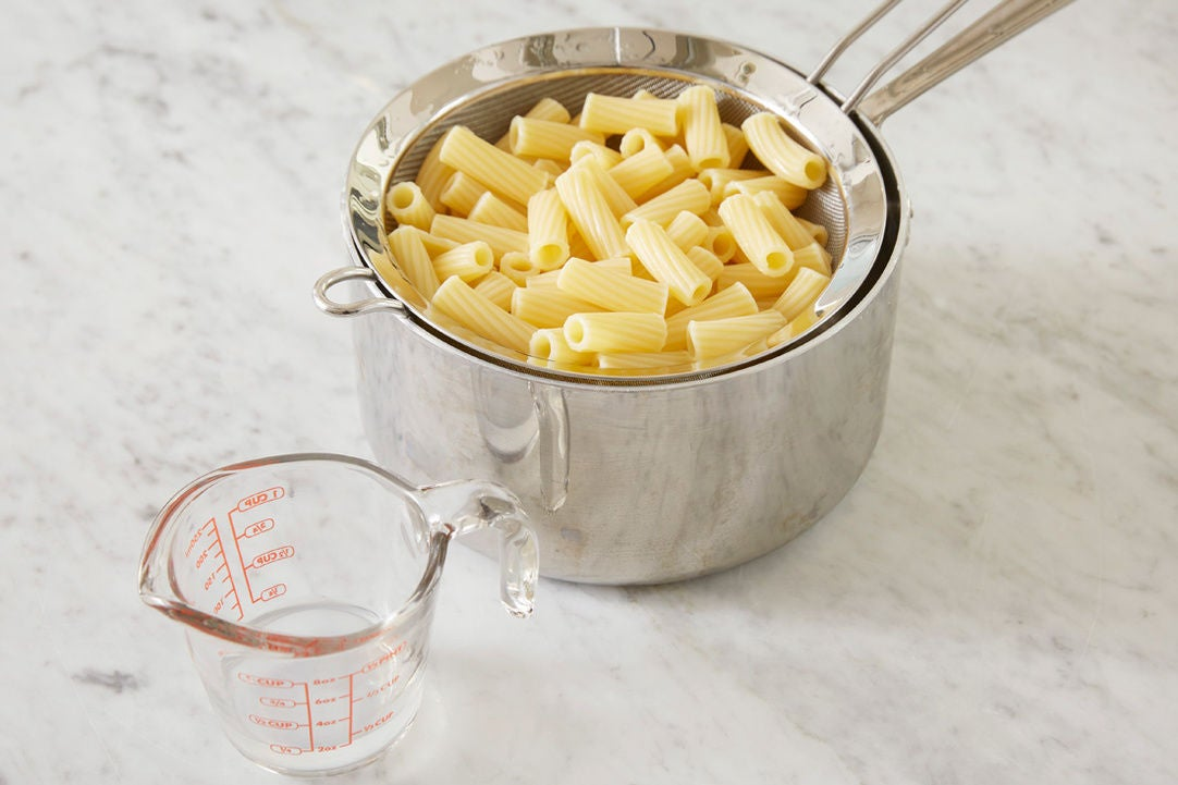 Cook & finish the pasta:
