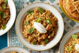 Za'atar-Spiced Chicken & Bulgur with Yogurt Sauce & Pita Chips