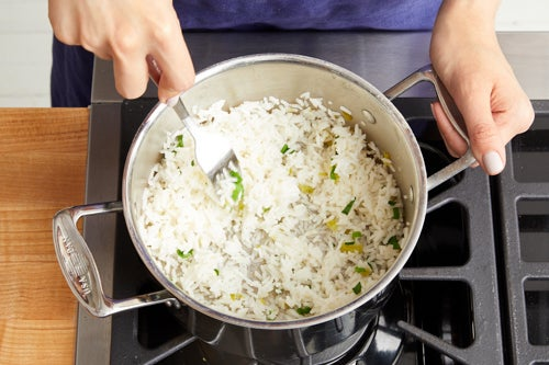 Make the garlic-scallion rice: