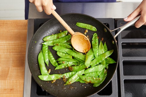 Cook the snow peas & finish the vegetables: