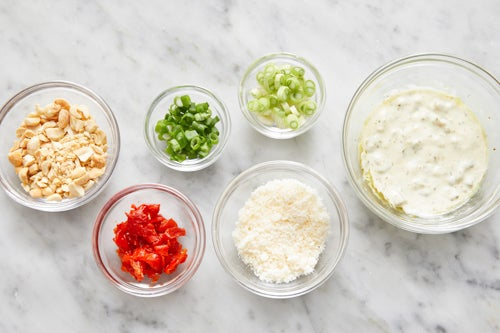 Prepare the remaining ingredients & make the creamy relish: