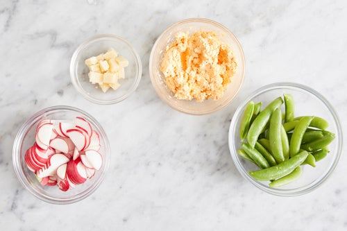 Prepare the ingredients & make the spicy ricotta: