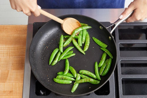 Cook the peas: