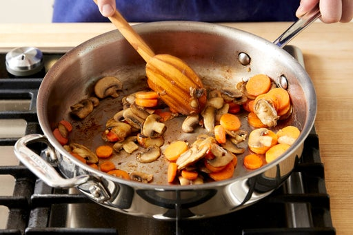 Cook the mushrooms & carrots: