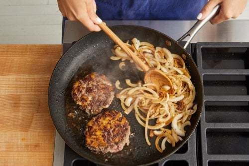 Cook the patties & caramelize the onion: