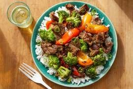 Spicy Beef & Broccoli with Sweet Peppers & Jasmine Rice
