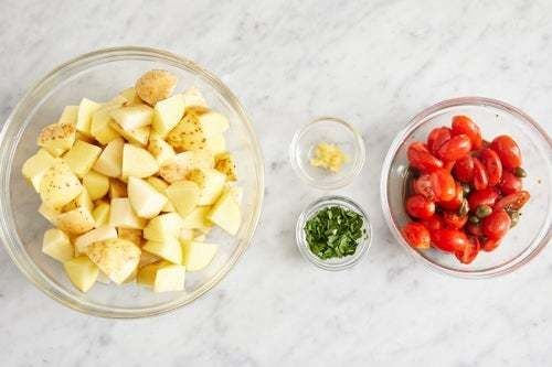Prepare the ingredients & marinate the tomatoes: