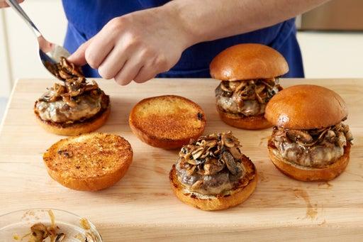 Assemble the burgers & serve your dish: