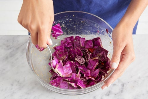 Marinate the cabbage: