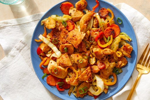 Spicy Cashew Chicken with Peppers, Carrots & Cabbage