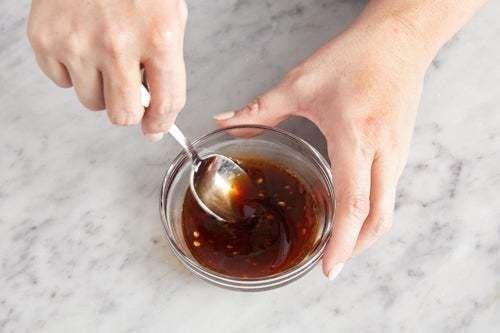 Make the glaze: