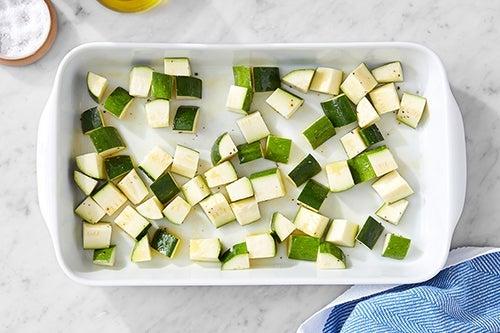 Prepare & start the zucchini: