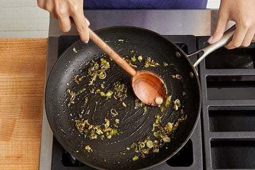 Make the scallion jam:
