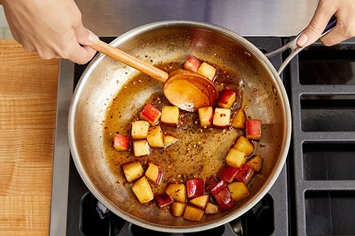 Prepare, cook & glaze the apple: