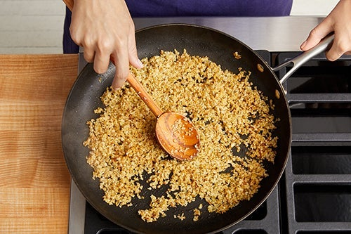 Finish the freekeh & serve your dish: