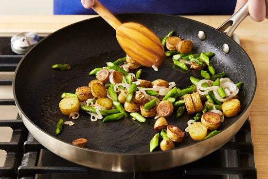 Add the shallot & asparagus: