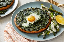 Baked Spinach & Egg Flatbreads with Sautéed Asparagus & Lemon Aioli