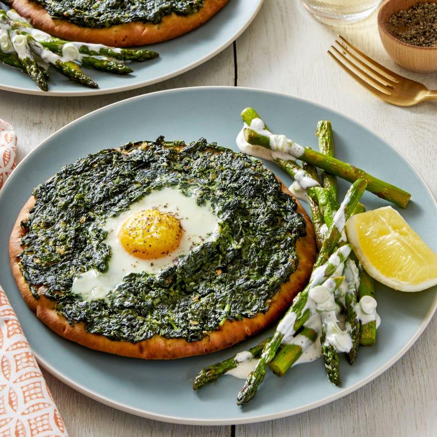 Baked Spinach & Egg Flatbreads with Sautéed Asparagus & Lemon Aioli