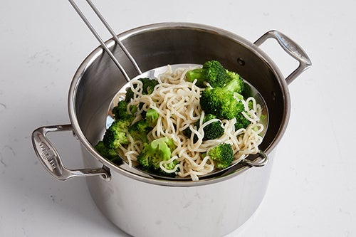 Cook the noodles & broccoli: