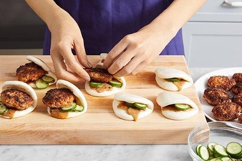 Assemble the steam buns & serve your dish: