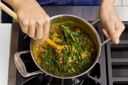 Add the kale & finish the lentils: