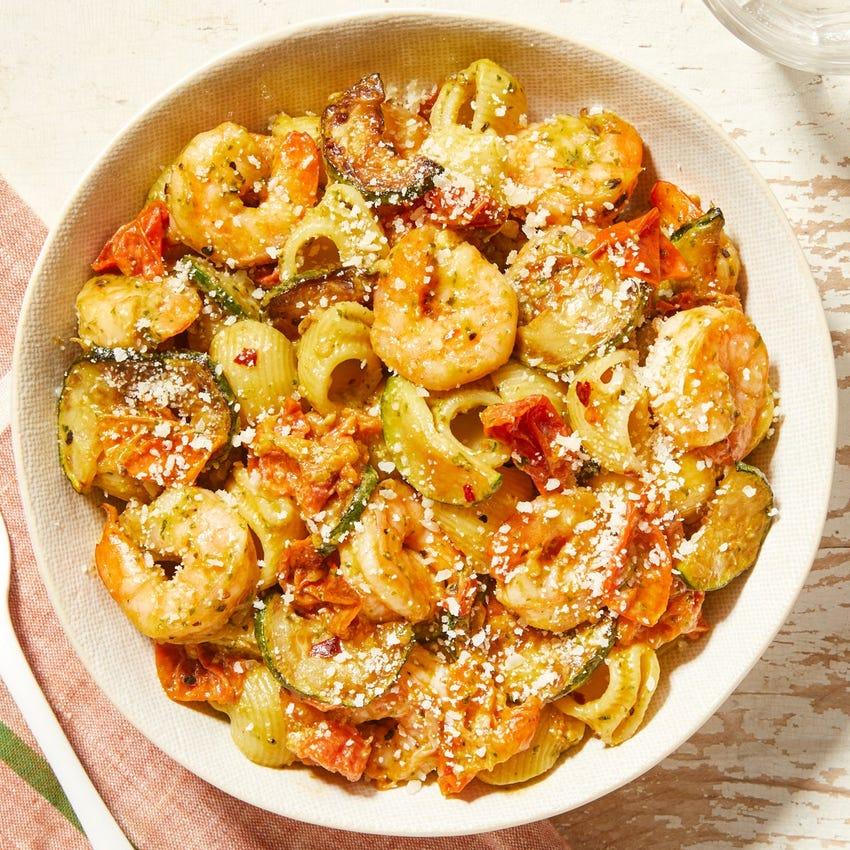 Creamy Pesto Shrimp & Pasta with Tomatoes & Zucchini
