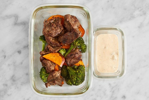 Assemble & store the Beef & Roasted Vegetables: