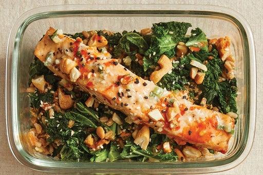 Finish & Serve the Salmon & Spicy Mayo: